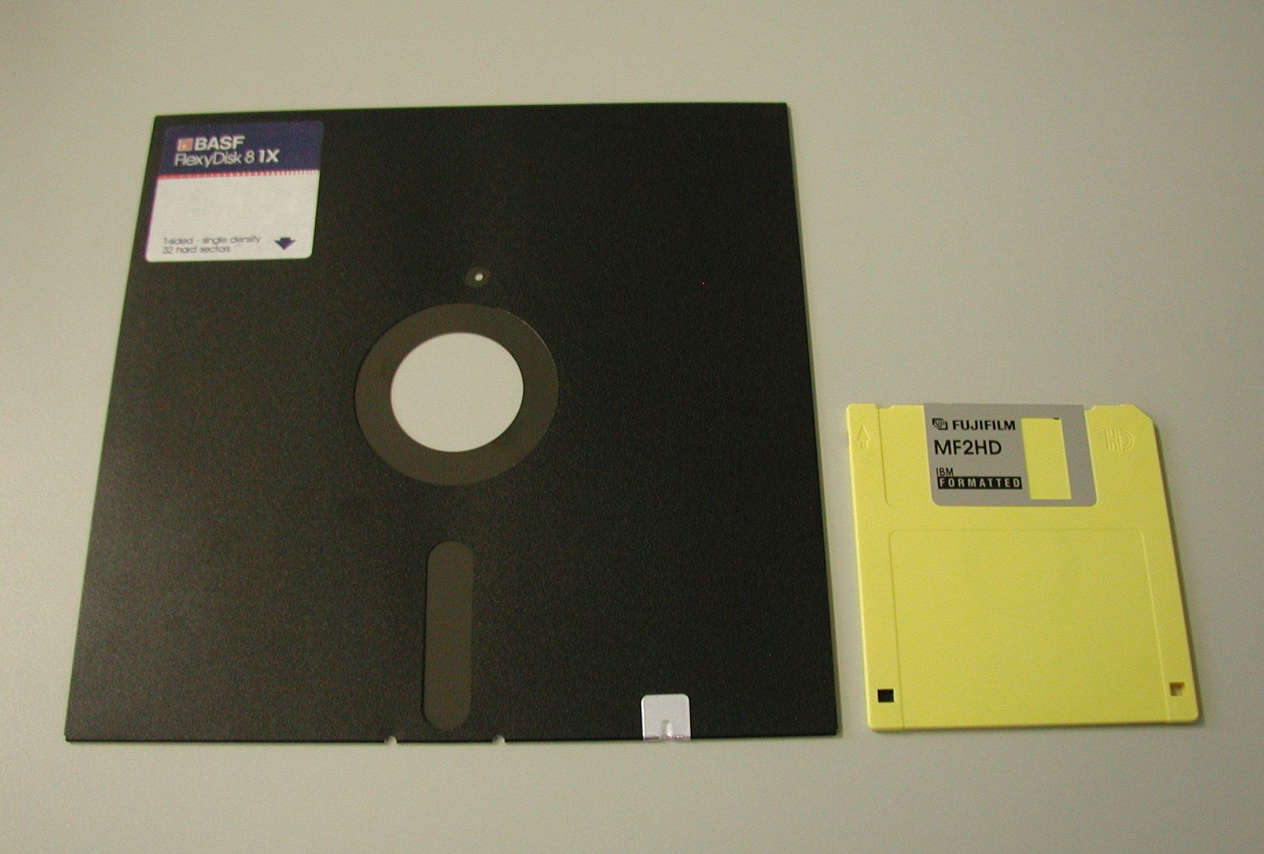 "8"" vs. 3.5"" floppies"